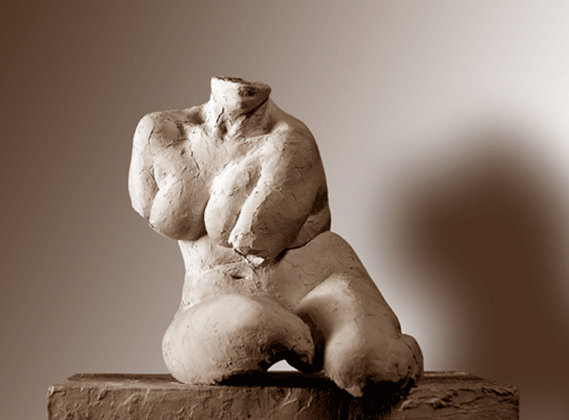 female figurative sculpture torso by Geemon Xin Meng, Vancouver Sculpture Studio