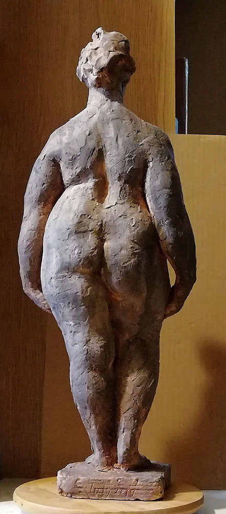 back-view-standing-female-maquette-vancouver-sculpture-studio
