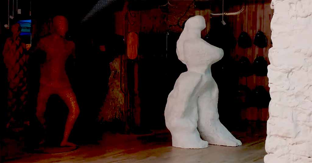 figurative-sculpture-terracotta-monumental-ellen-scobie-herschel