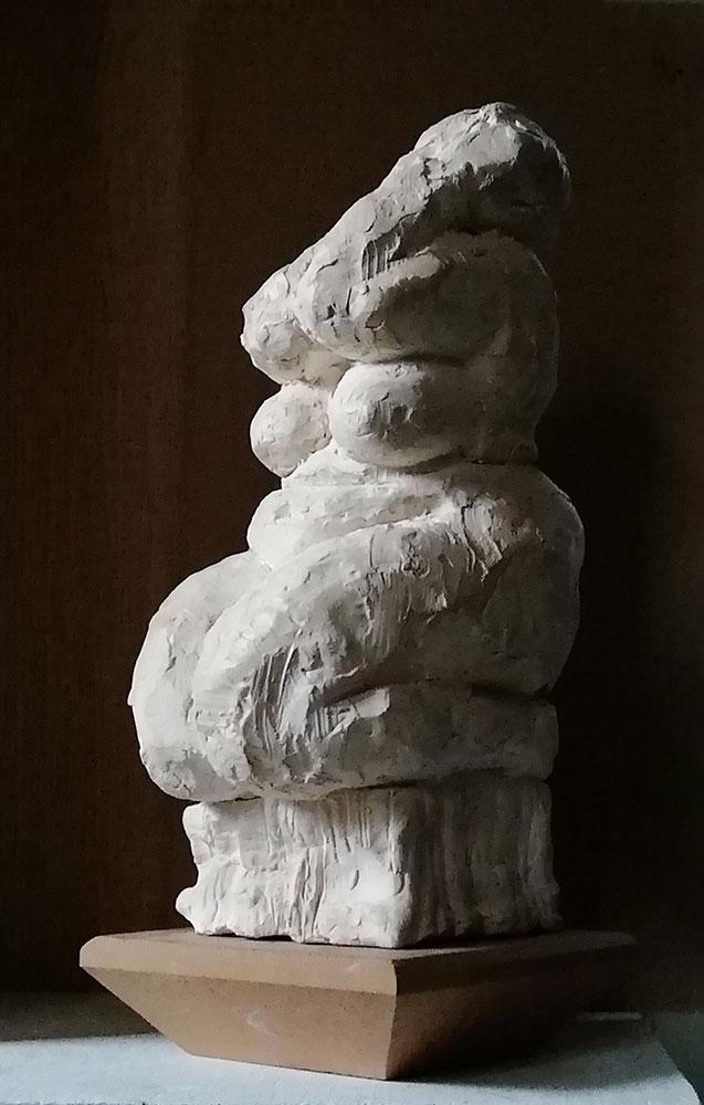 kneeling-nude-figure-vancouver-sculpture-studio